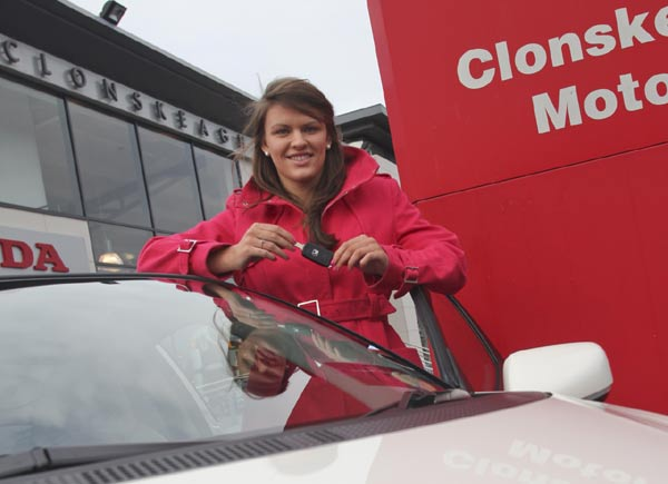 Gráinne Murphy drives the Honda CR-Z – Good looking, sporty, and very comfortable