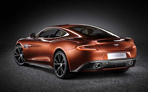 James Bond's new car, the gorgeous Aston Martin Vanquish!