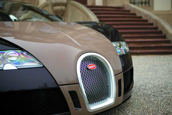 Style For Wheels – We Look At Cars On The Catwalk – Hermès and Bugatti