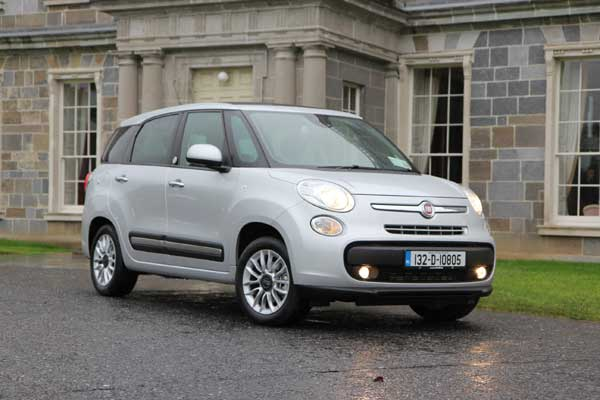 The New 500L MPW is available with 7 body colours and 9 bi-colour combinations