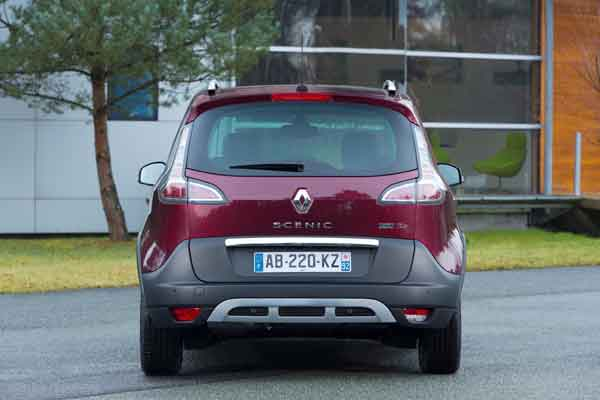 Renault Scenic Xmod BOSE 1.5 dCi 110 S&S