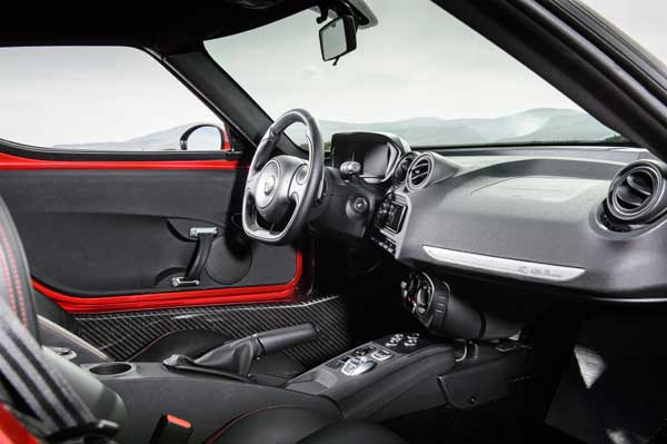First Drive: Alfa Romeo 4C