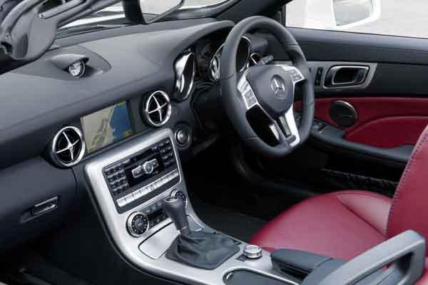 Inside the Mercedes-Benz SLK 250 CDI