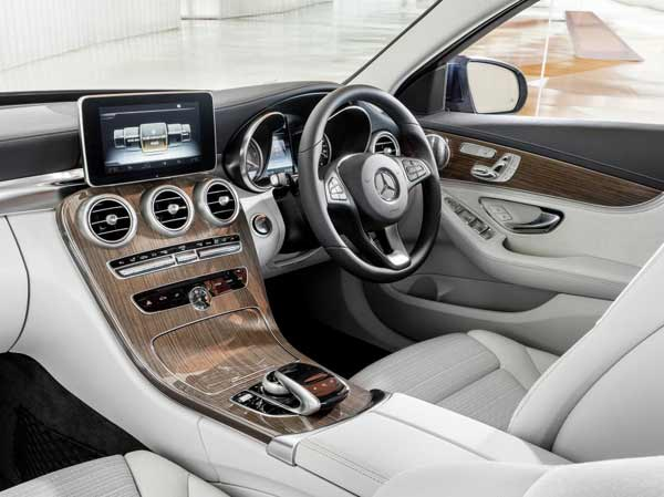 First drive mercedes benz c220 bluetec for How much is a mercedes benz c class