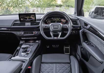 first drive audi q5. Black Bedroom Furniture Sets. Home Design Ideas