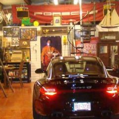 Things Every Car Lover Should Have in Their Garage