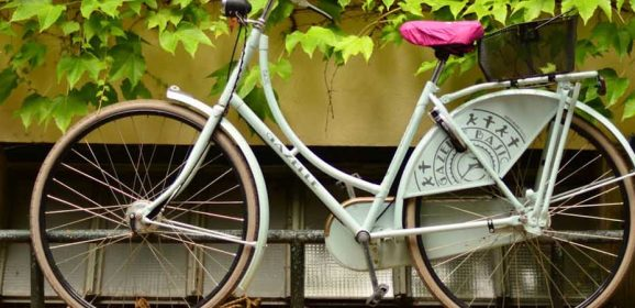 Bags of Style: Our Guide to Carrying Stuff on Your Bike!